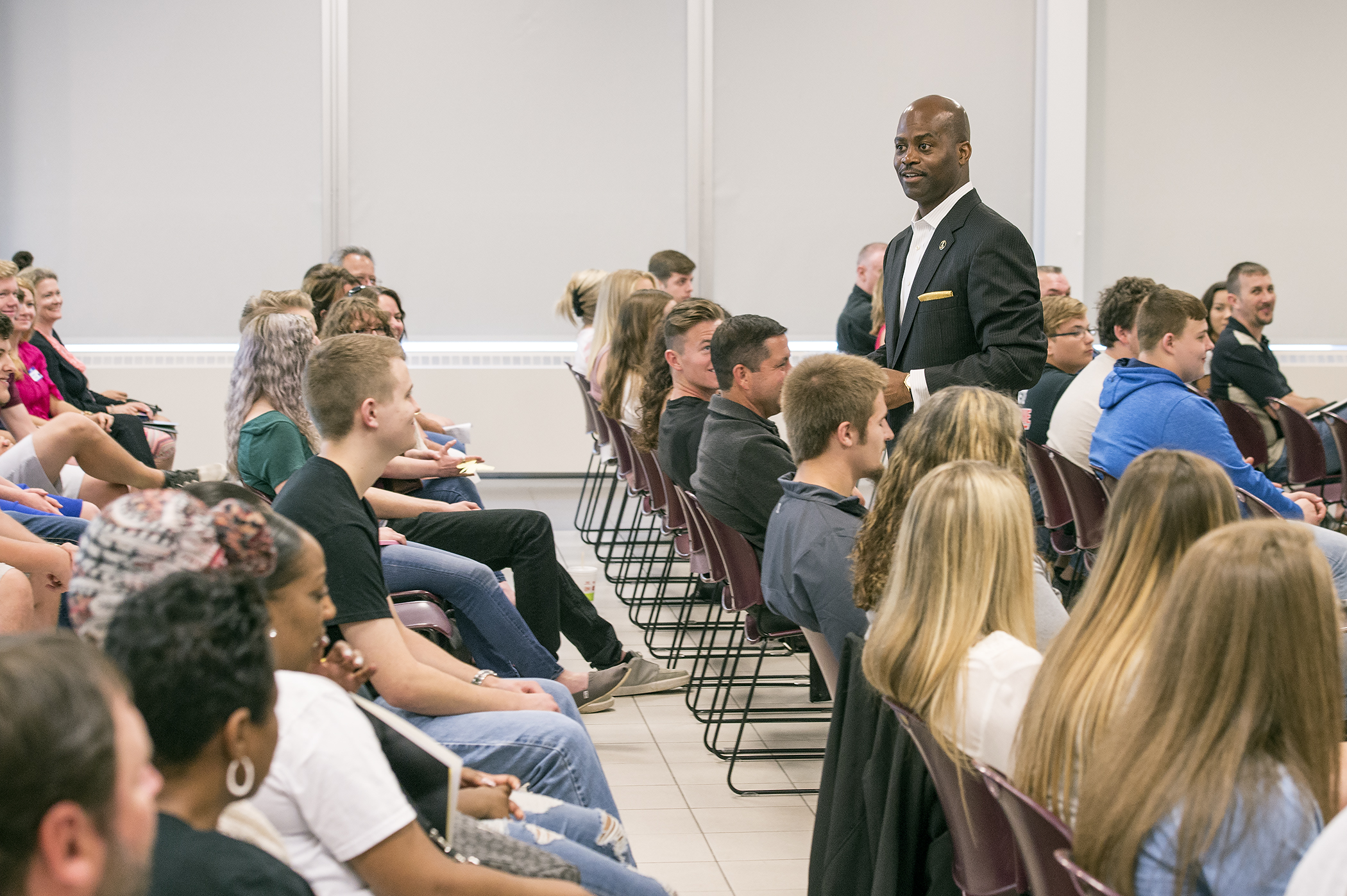 Nearly 100 students attend New Student Orientation